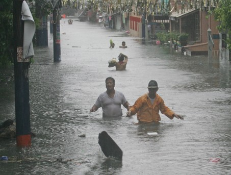 2009 年莫拉克颱風淹水情況(圖片來源:photo via Marconarajos@wikimedia, CC License)