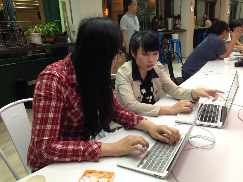 Rails Girls 回娘家,指導後進。