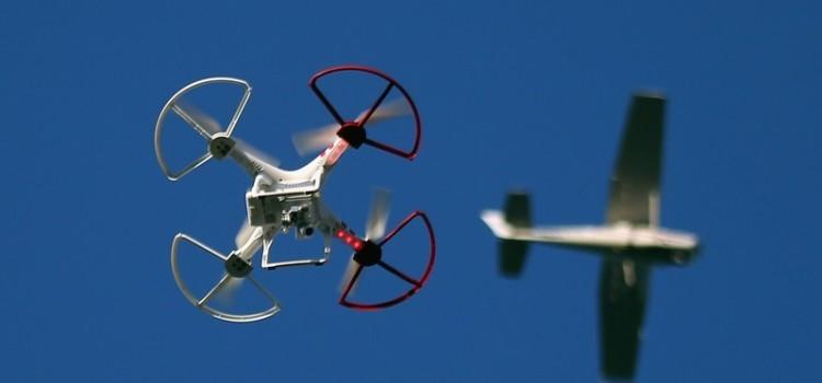 無人機專題(三)/到底在搞什麼飛機-聽 Maker 剖析無人機世界的飛行秩序