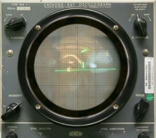 Tennis for Two 的遊戲畫面,如果不說,還以為是軍事雷達呢。 (photo via Brookhaven National Laboratory)