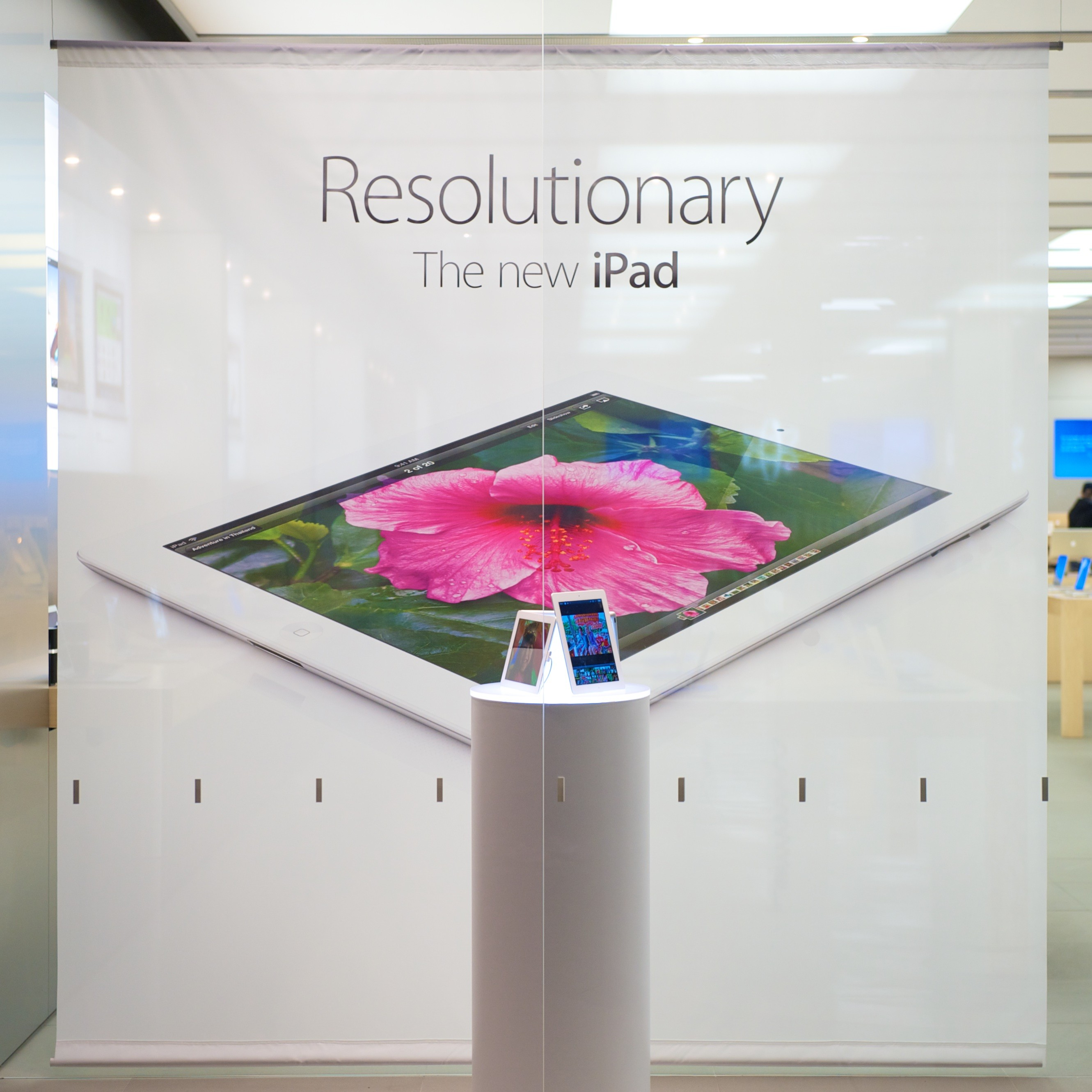 Apple Store 櫥窗設計(照片提供:Michael)
