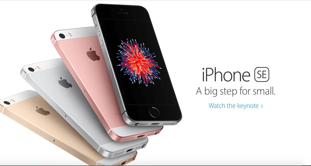 回歸單手容易操作的 iPhone SE 能否熱賣,值得關注。圖片來源:Apple 官網