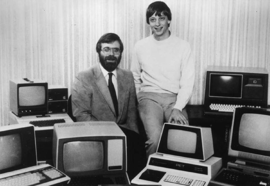 Microsoft 創辦人 Paul Allen 與 Bill Gates ,1981。 圖片來源:Cyberhades @Flickr