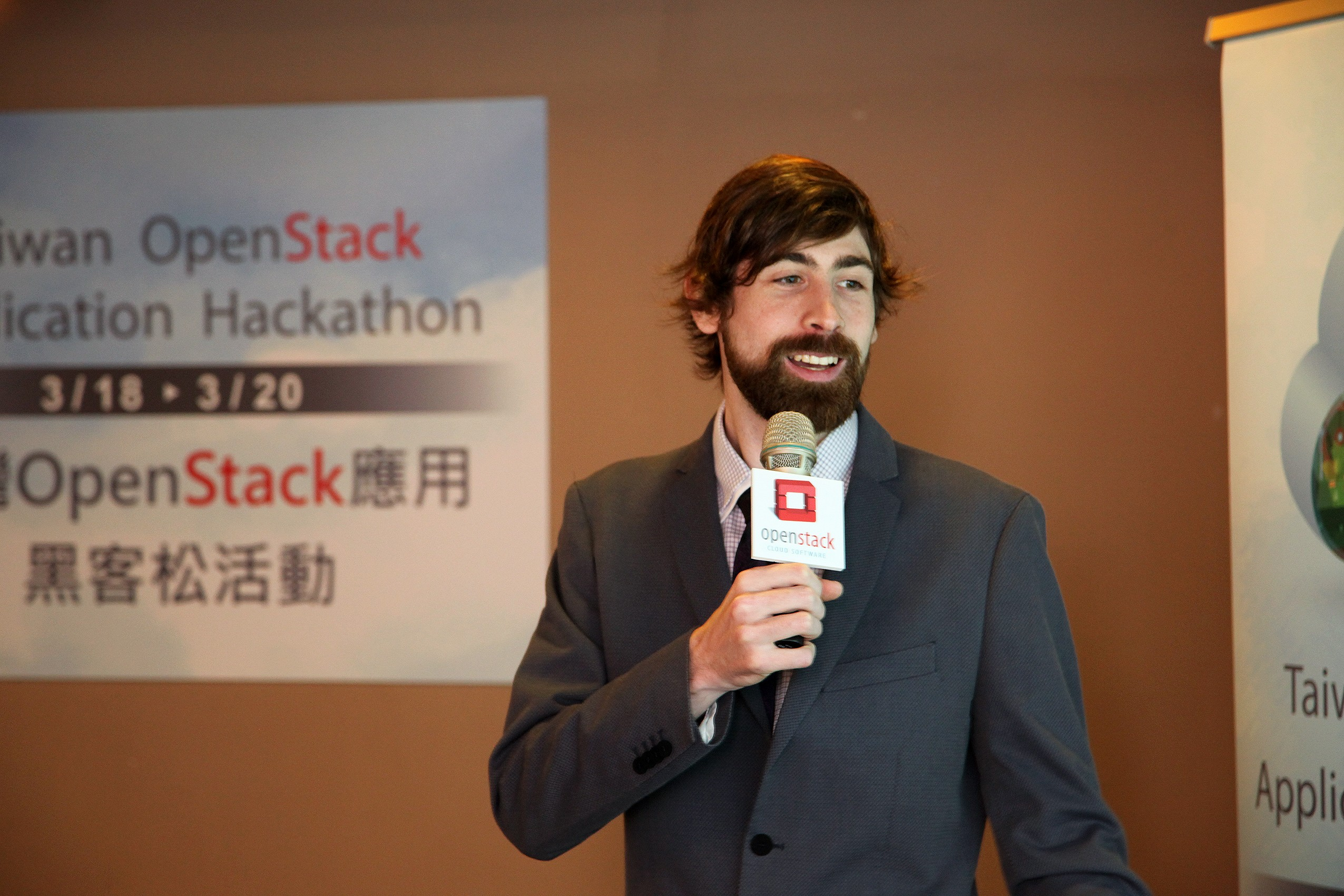 OpenStack 基金會社群經理 Tom Fifield。