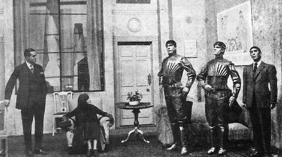 恰佩克《羅森的全能機器人》舞台劇劇照,圖片來源:Wikipedia。