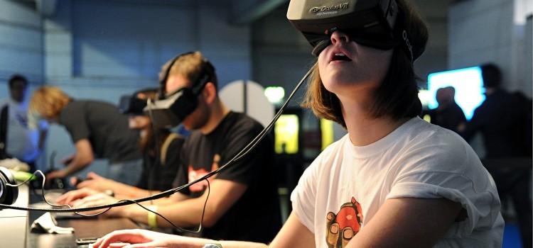 VR 來了(一)/入門篇:我們的生活將「被 VR」 了?!