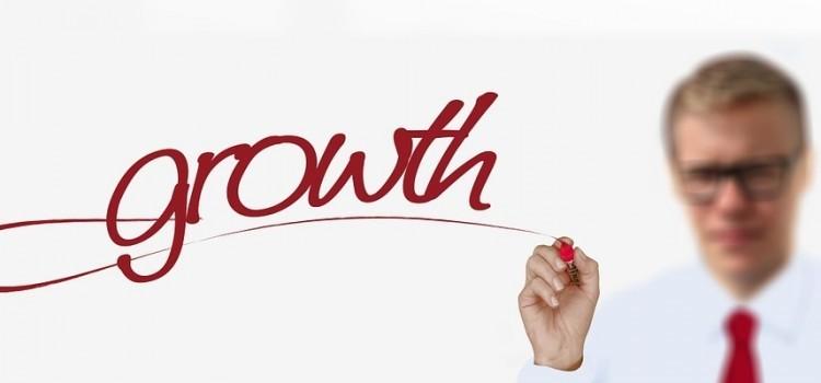 500 Startups 加速器第 4 週:啟動成長引擎、搞懂新創法務 101