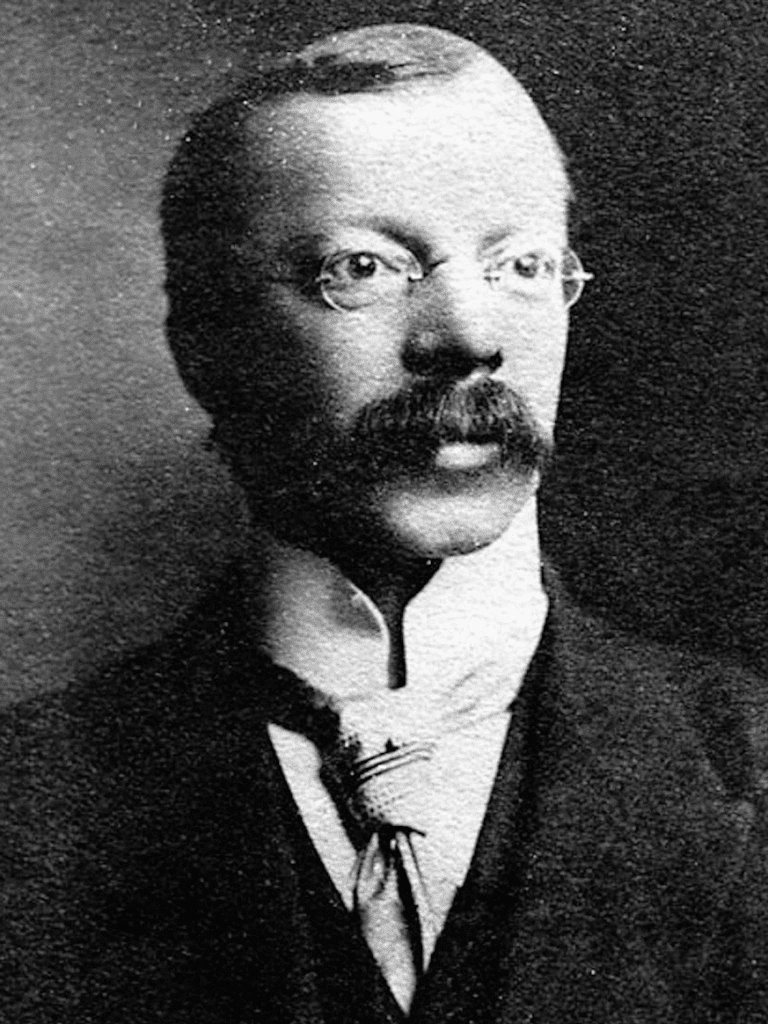 嫌疑犯奎本醫生,圖片來源:Wikimedia。