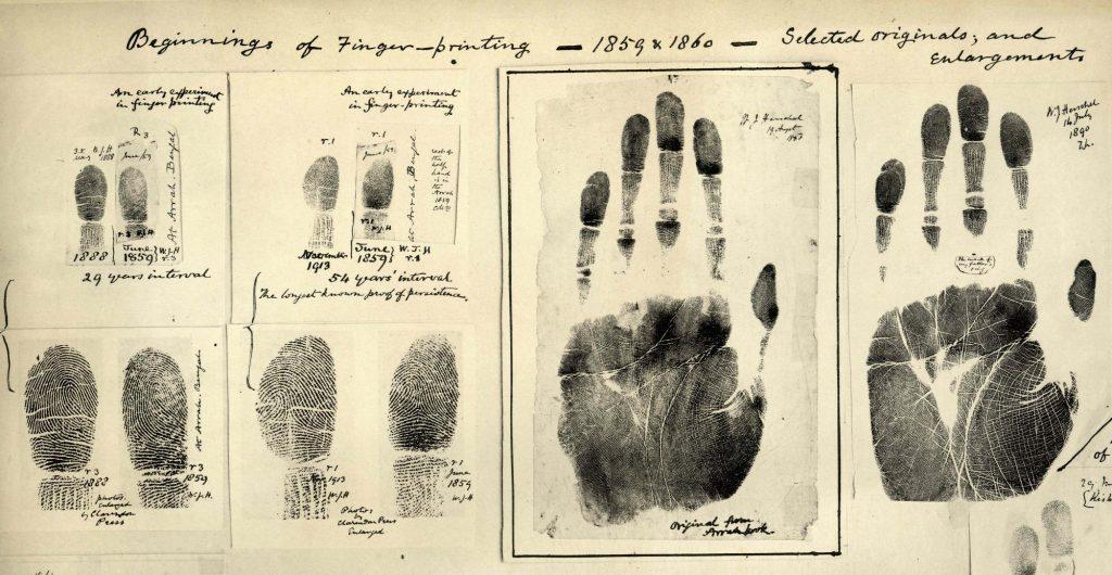 當年赫歇爾蒐集的掌紋,圖片來源:Wikimedia。