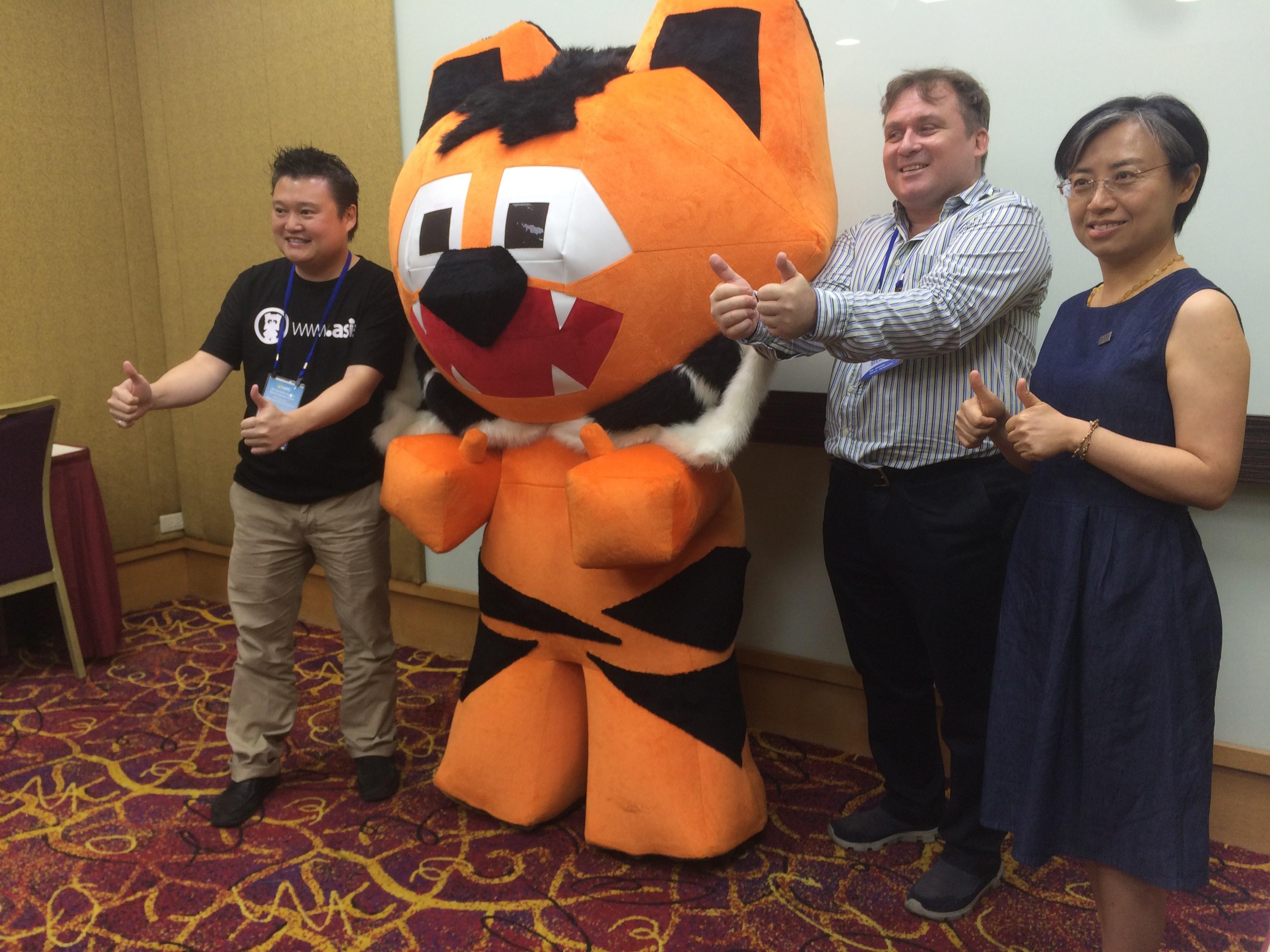 左起:DotAsia、小虎阿吉、WWF、TRAFFIC 共同為老虎請命。