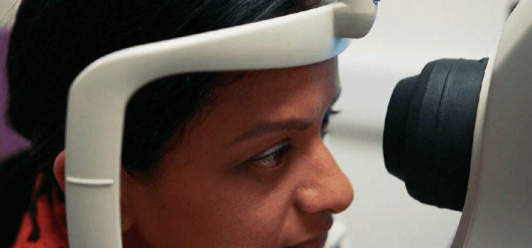 培養出「圍棋王」後,DeepMind 的下一步是訓練 AI 當眼科醫生