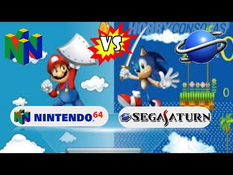 任天堂 64 vs Sega Saturn 遊戲機。圖面來源:Youtube 影片截圖。