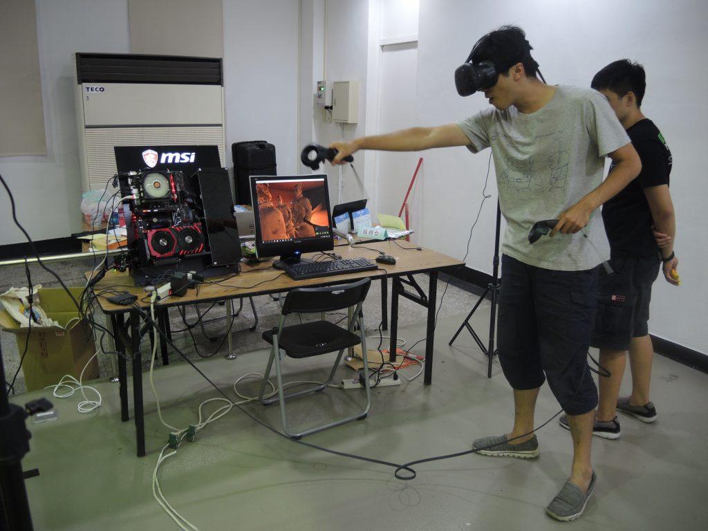 VR 黑客松現場畫面。