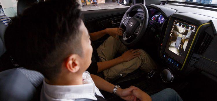 當汽車遇到黑客,車子全面聯網後可以怎麼玩?